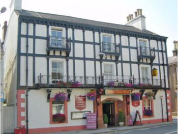 King's Arms Hotel - Front view of The Kings Arms Hotel Lockerbie