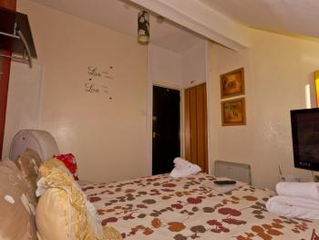Double room-Standard-Ensuite with Shower-Small Top Floor