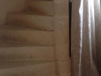 Suite Donjon - escalier intérieur