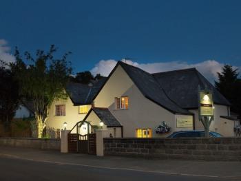 Tinhay Mill Guest House - Dusk