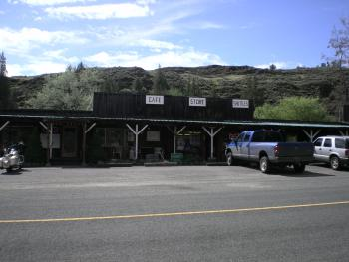 Restaurant & Store