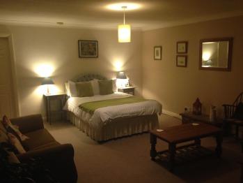 1 Bed-Apartment-Ensuite