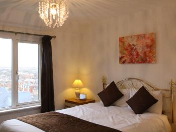 Room 6- Double Bed with Ensuite