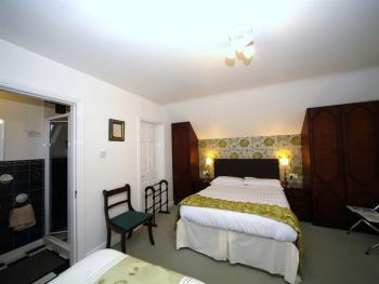 Room 5 (reverse angle)