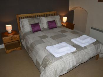 Double room-Private Bathroom-B&B