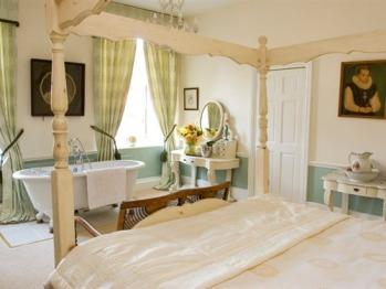 Ladys room