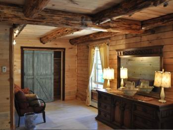 Lounge Area Master Bedroom Bear