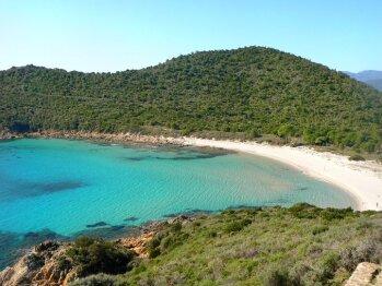 plage de Fautea Lavu Santu a 800 m a pied de la residence