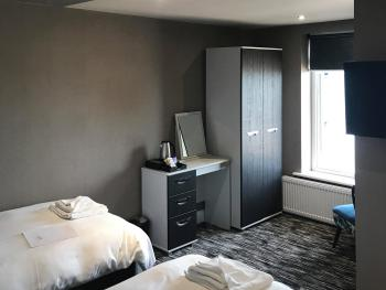 Twin room-Standard-Wet room-Sea View