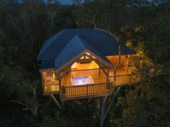 Cabane de Prestige avec Jacuzzi et Sauna privatifs -