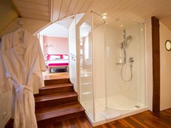 Salle de bain de la chambre du clocher