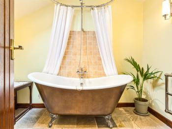 Rattleghyll bathtub