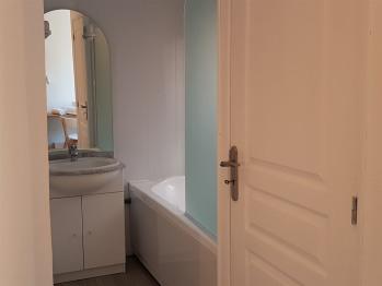 Chambre Supérieure avec baignoire et WC séparés