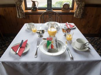 Breakfast in The Olde Peculiar