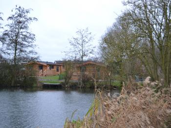 The Chiltern Lodges at Upper Farm Henton - Across the lake to the lodges