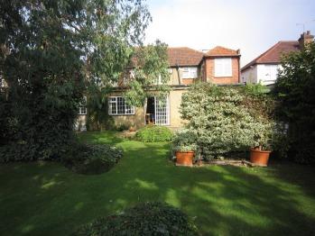 Furnival Lodge - Back Garden