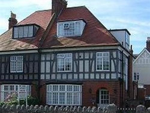 Robertsbrook Guest House