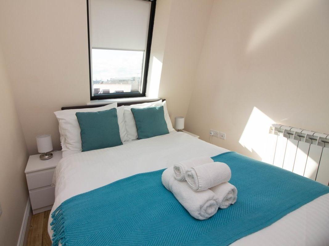Penthouse-Apartment-Private Bathroom-17