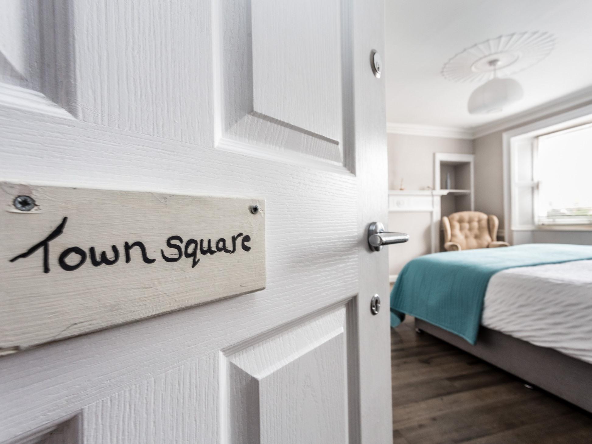 Double room-Superior-Ensuite-Town Square