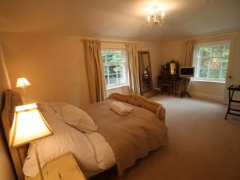Stanford Dingley Bed and Breakfast - Double ensuite bedroom