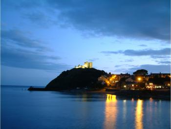 Criccieth at night