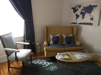 Suite 3 sitting room