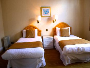 2 Bedroom Apartment Sea View Sleep 6 - Flexible Rate