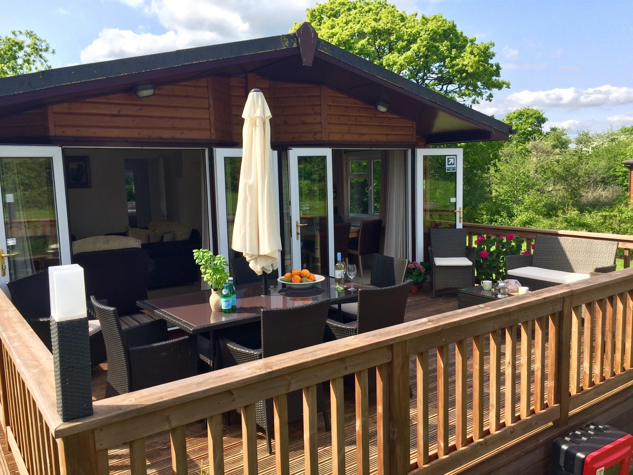 Lodge-Luxury-Private Bathroom-Garden View- | Hardy's Lodge - Base Rate