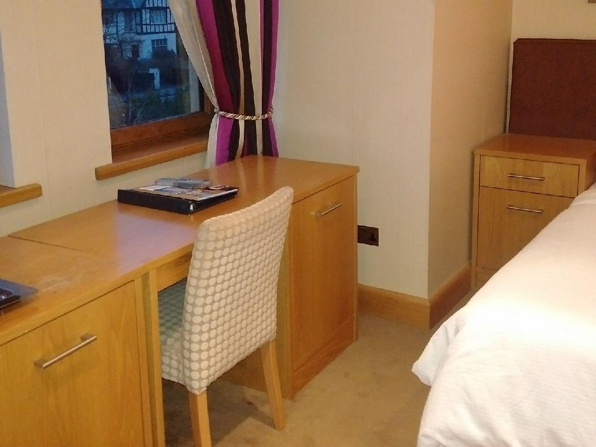 Double room-Large-Ensuite with Shower-Street View