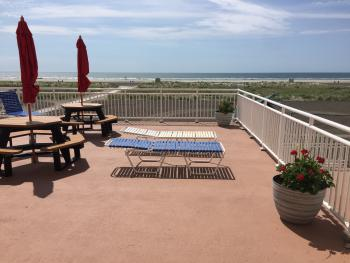 2nd floor sundeck