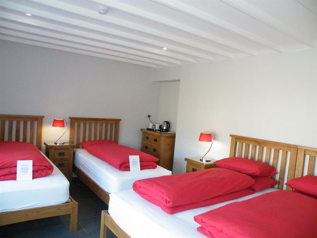 Welcome to the Fountain Inn Bed amp Breakfast We are located in the far west of Cornwall providing warm and friendly accommodation in our historic granite inn