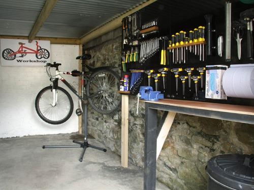 Bycicle Workshop and Lockup