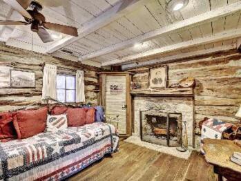 George's Cabin-Cabin-Private Bathroom