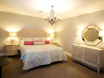 324 - Lord Linville Room-King-Standard-Ensuite-Park View
