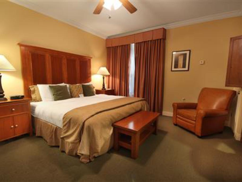 Double room-Ensuite-Standard-702 Veranda King