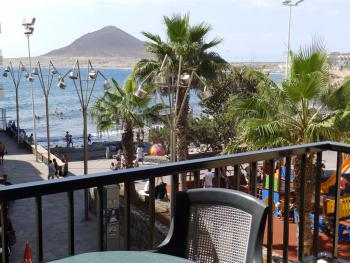 Beachfront Apartment in El Medano with sat tv and wifi