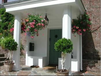 The entrance to Boscundle Manor