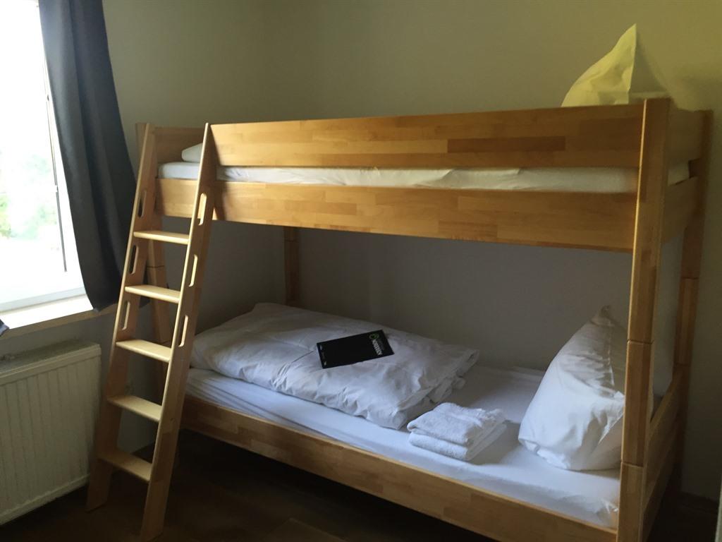 Zweibettzimmer-Economy-Eigenes Badezimmer-Gartenblick - Basistarif