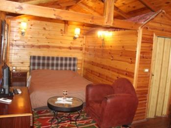 Double-Economie-Salle de bain Privée-En bois pour 2 personnes