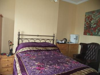 Double room-Premium-Ensuite with Shower