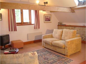 The Loft lounge, self catering or b & b.  En suite Bath Tub