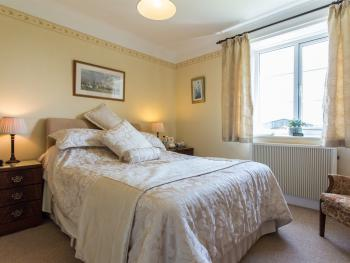 Double room-Ensuite-Primrose - Base Rate
