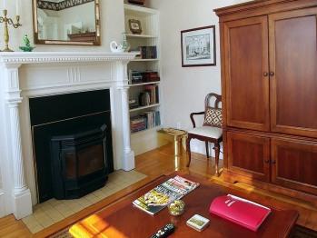 Back parlour (pellet stove, flatscreen TV)
