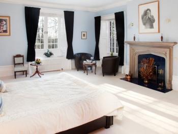 King-Ensuite-Blue Room