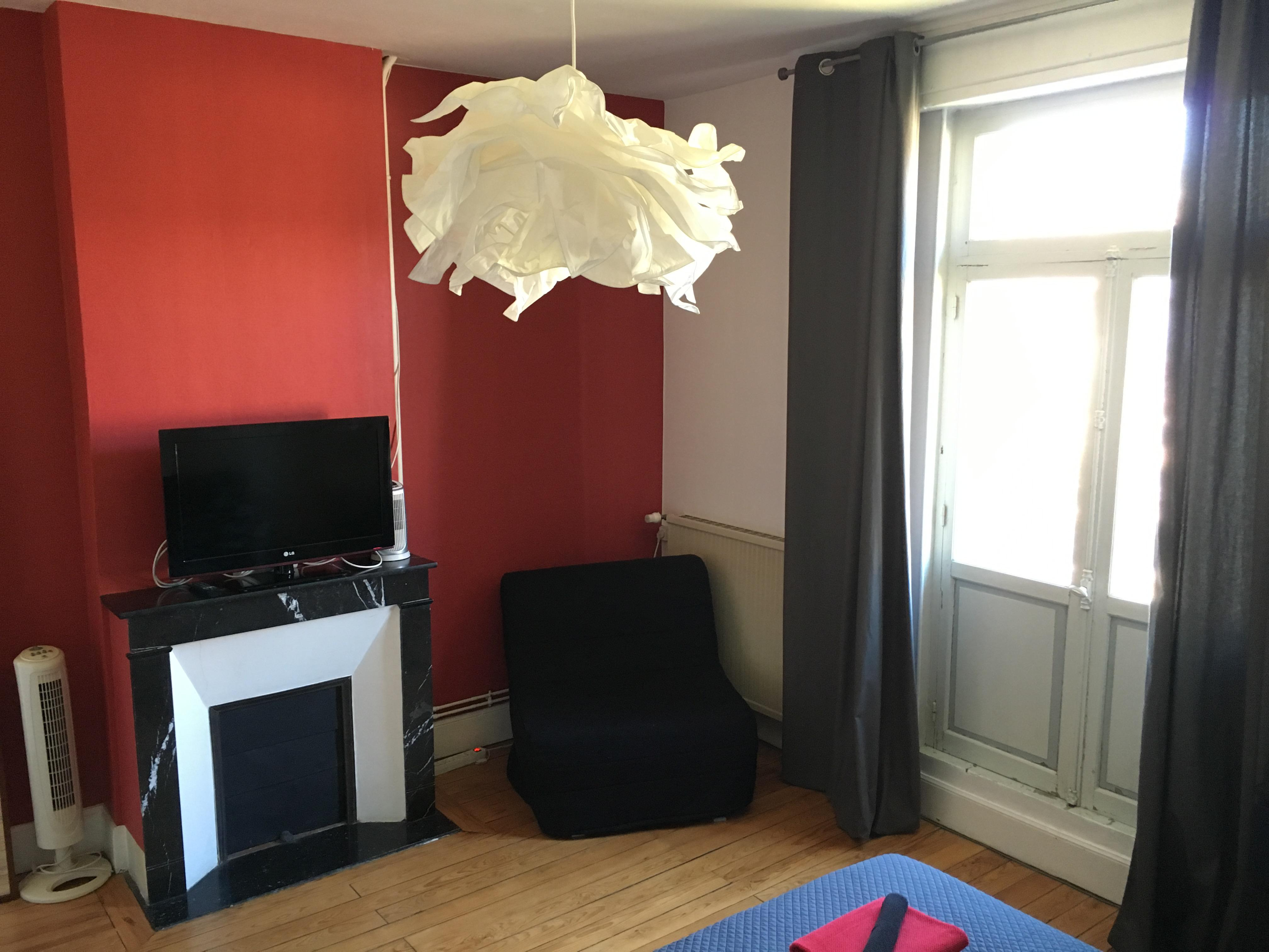 Chambre rouge-Double ou Twin-Confort-Douche-Vue sur Jardin - Tarif de base