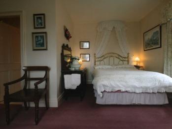Double room-Standard-Ensuite-Garden View-(Children over 10 years)