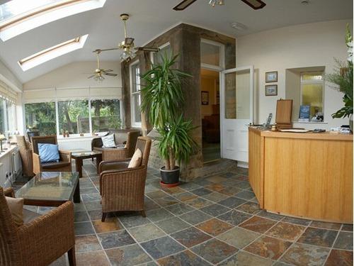 Reception/conservatory