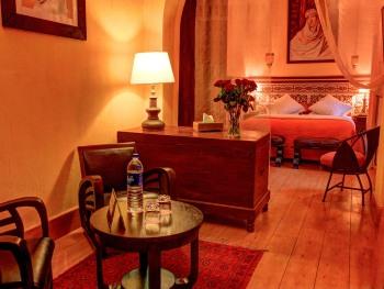 Double room-Suite-Private Bathroom-Balcony-ou terrasse - Double-Suite-Salle de bain Privée-Balcon-ou terrasse