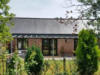 Cottage B Back garden