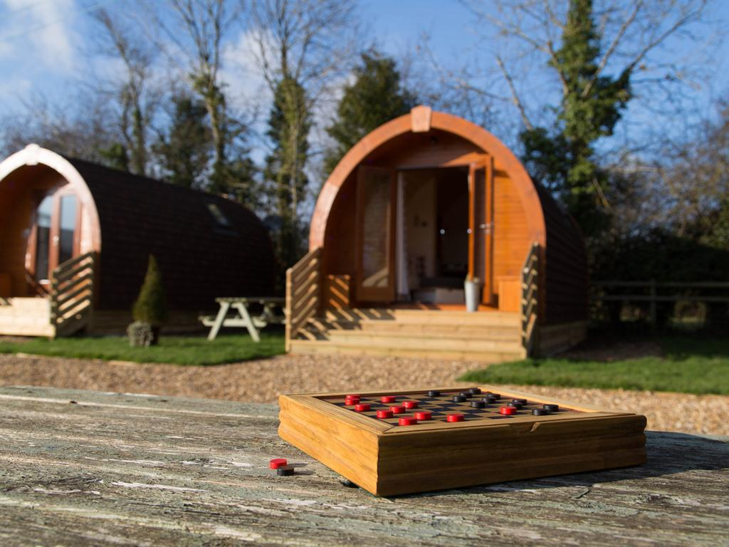 Glamping Pods - En-suite with shower - Sleeps 4 max